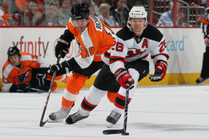 The Philadelphia Flyers and Mike Richards continue their domination over the New Jersey Devils. (Jim McIsaac/Getty Images)