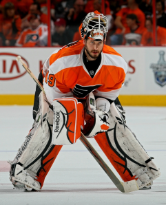 Goaltemder Michael Leighton will battle Brian Boucher for the starting job in 2010-11. (Getty Images)