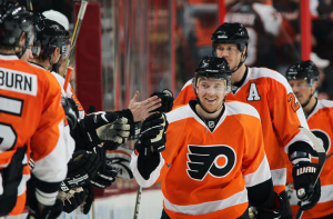 Claude Giroux and Jeff Carter were both re-signed during the week. (Len Redkoles/NHLI via Getty Images)