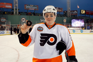 Ducks defenseman Danny Syvret returns to Philadelphia after just signing with the Ducks over the summer. (Philadelphia Flyers)