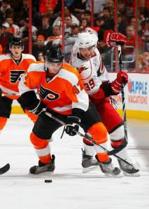 Eric Wellwood made his NHL debut with the Flyers Monday night. (Mike Stobe/Getty Images)