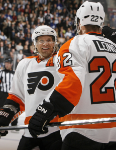 Kimmo Timonen continues his quiet play as one of the top defensemen on the Flyers. (Abelimages/Getty Images)