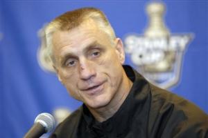 Paul Holmgren has had his fingerprints all over the league-leading Philadelphia Flyers. (Daylife.com)