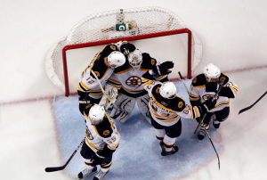 Tim Thomas recorded his first shutout of the playoffs as the Bruins win 2-0 over the Tampa Bay Lightning. (Scott Audette/NHLI)