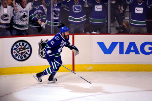 Raffi Torres' third goal of the postseason was just in time to secure a Vancouver win. (Rich Lam/Getty Images)