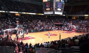 Temple finished the year 10-1 at the Liacouras Center. (Candice Monhollan)