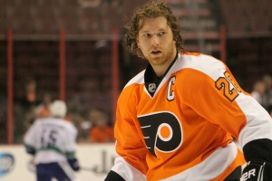 Claude Giroux was able to find the back of the net after the longest goal drought in his career. (Candice Monhollan)