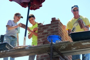 Good Neighbors spent a week fixing houses in Kennett Square, Avondale, West Grove and Nottingham this summer. (Candice Monhollan)