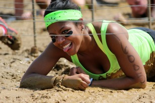 """Nearly 5,000 came out to Mudderella PA to """"own their strength."""" (Candice Monhollan)"""