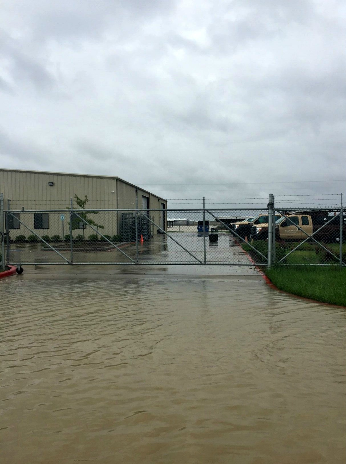 BrightView Branch in Texas Works Out of Pickup Trucks after Harvey